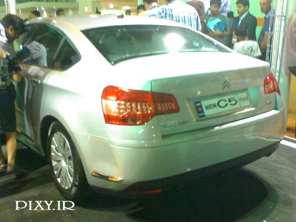 http://dl-dj.persiangig.com/Namayeshgah-Mashin-mashhad/Citroen-C5-new-rear.jpg
