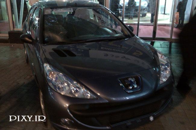 http://dl-dj.persiangig.com/Namayeshgah-Mashin-mashhad/Peugeot-207-Front2.jpg