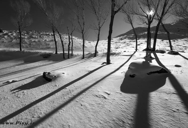http://dl-dj.persiangig.com/Pic-Web/Iran-Ziba/Barf/8462151-lg.jpg